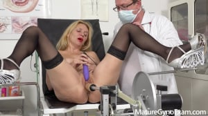 Mya Evans Fucked By A Sex Machine At The Doctors Office