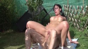 Craving For Cock She Gets Penetrated By An Unknown Guy