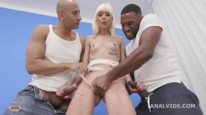 Sarah Slave Gets 2 Bbc Up Her Ass With Balls Deep Anal, Dap, Gapes And Swallow Gio1564